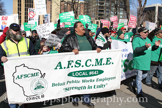 AFSCME protesting